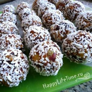 сладкие шарики из сухофруктов